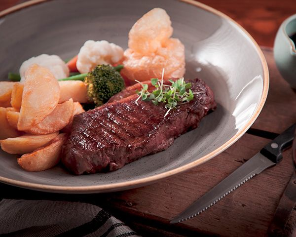 A picture of one of our delicious steak dishes from the best pub menu near Macclesfield